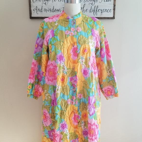 Vintage Dresses & Skirts - VTG Stunning Bright Floral 70's Dress Housecoat L